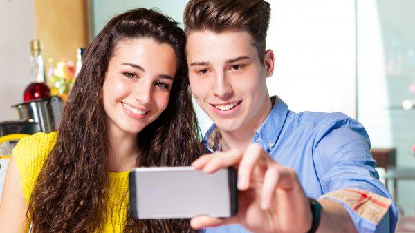 Celular pode causar depressão na adolescência
