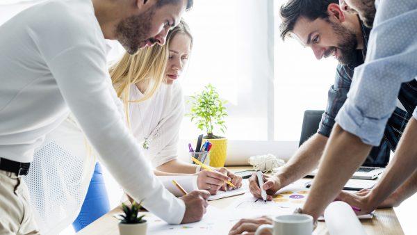 Pesquisa aponta: o papel ainda é importante no escritório