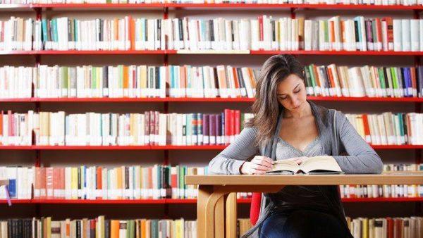 A impressão é essencial para o futuro da educação, aponta pesquisa
